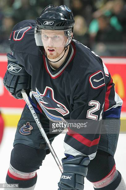 Daniel Sedin of the Vancouver Canucks plays the puck during their NHL game against the Columbus Blue Jackets on February 6, 2006 at General Motors...
