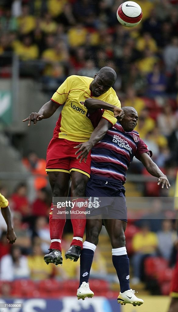 Daniel Shittu of Watford out jumps Obinna of Chievo Verona during the pre-season match between Watford and Chievo at Vicarage Road on August 13, 2006 in Watford, England.