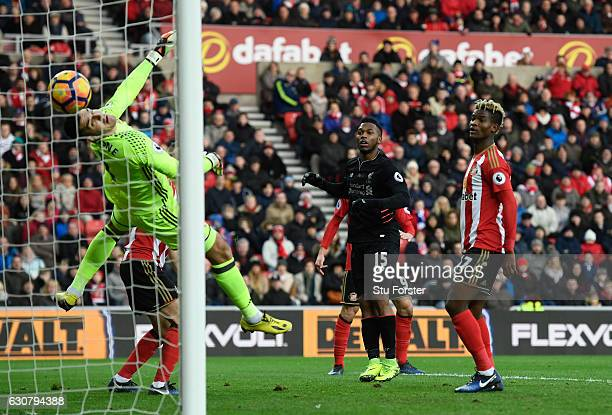 Daniel Sturridge of Liverpool scores his sides first goal past Vito Mannone of Sunderland during the Premier League match between Sunderland and...
