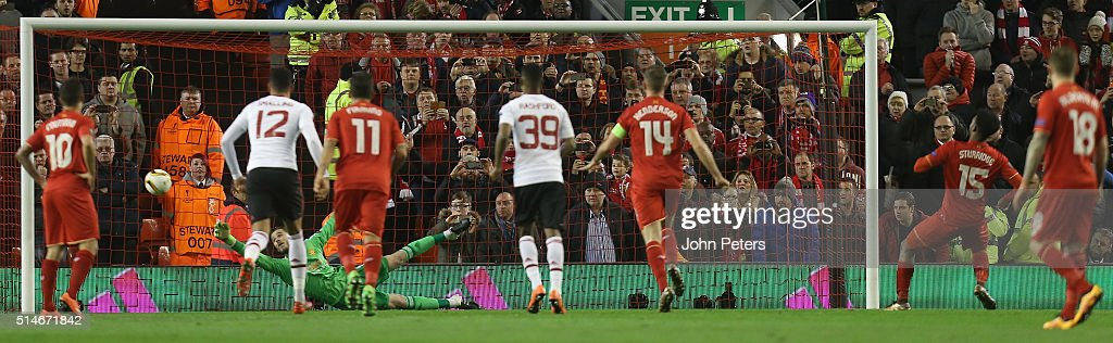 Daniel Sturridge of Liverpool scores their first goal during the UEFA Europa League round of 16 first leg match between Liverpool and Manchester United at Anfield on March 10, 2016 in Liverpool, United Kingdom.