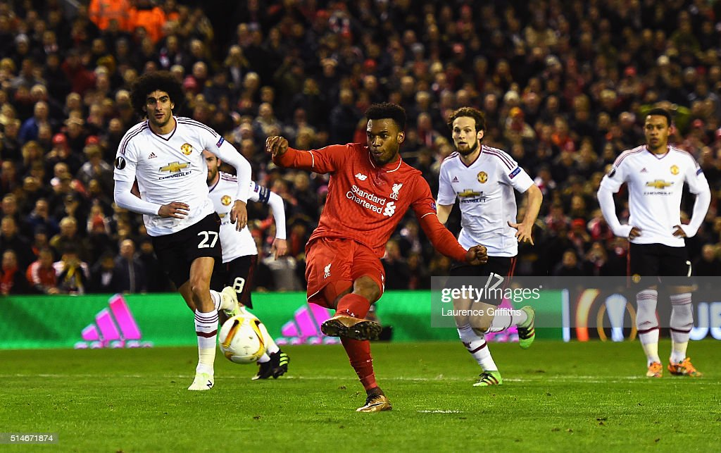 Liverpool v Manchester United - UEFA Europa League Round of 16: First Leg : News Photo