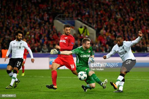 Daniel Sturridge of Liverpool shoots during the UEFA Champions League group E match between Spartak Moskva and Liverpool FC at Otkrytije Arena on...