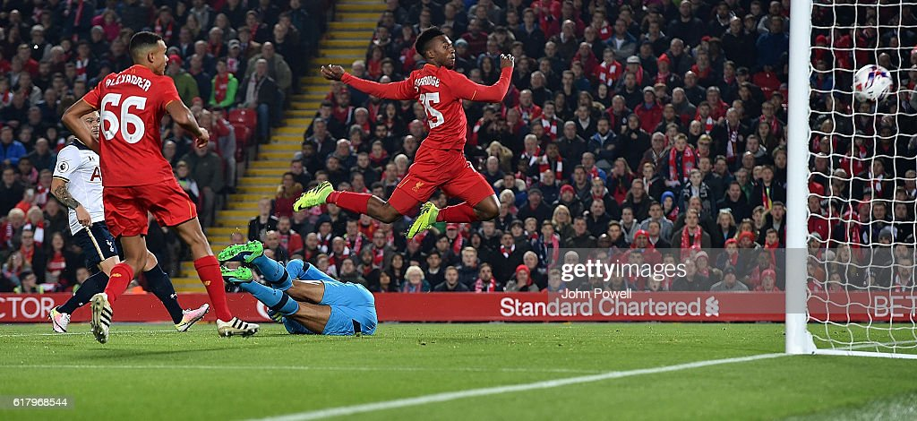 Daniel Sturridge scores the opener for Liverpool during the EFL Cup fourth round match between Liverpool and Tottenham Hotspur at Anfield on October 25, 2016 in Liverpool, England.