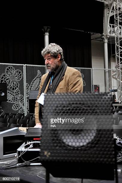 Daniel Teruggi during the festival Presences electronics in CentQuatre.