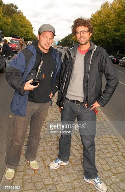 Daniel Warwick , Micky Sülzer , Dreharbeiten zum Internet-Musik-Video für Auto-Leasing-Kampagne mit J o h a n n e s H e e s t e r s und G i n a - L i...