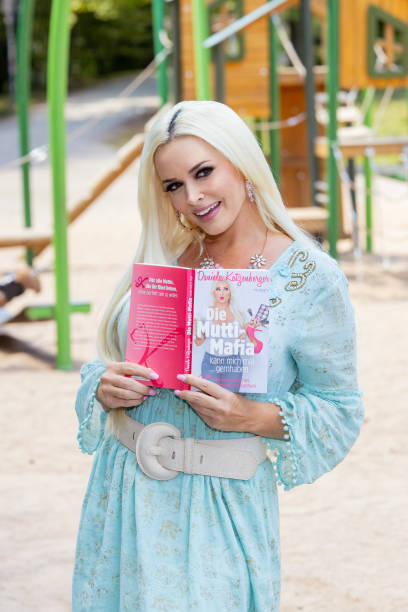 """DEU: """"Die Mutti-Mafia kann mich mal... gernhaben"""" Daniela Katzenberger Book Launch In Cologne"""