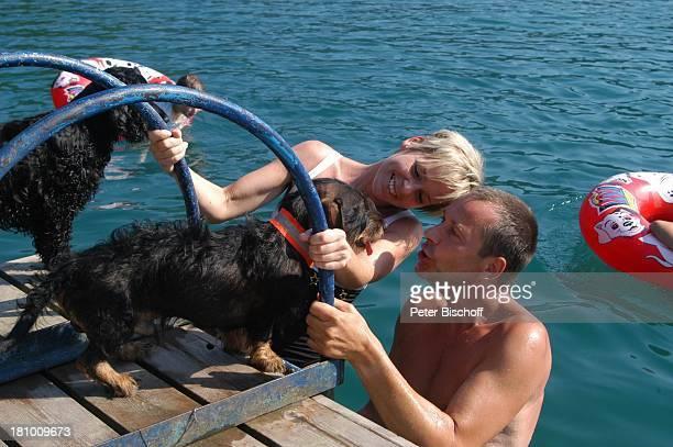 Daniela Lohmeyer, Christoph Schobesberger, Paula , Quintus , Urlaub, Lago di Ledro/Italien, , Nähe Gardasee, Schauspieler, Schauspielerin, Familie,...