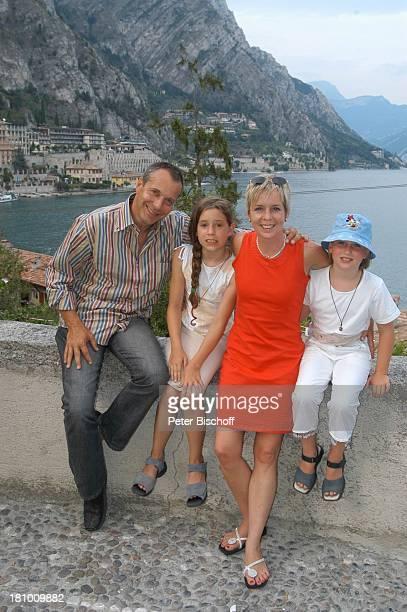 Daniela Lohmeyer, Christoph Schobesberger, Tochter Lea-Maria Schobesberger , Marleine Schobesberger , Urlaub, Limone sul Garda/Italien, , Gardasee,...