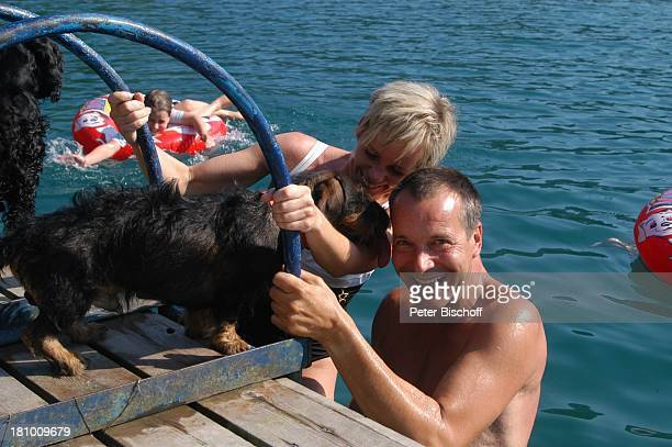Daniela Lohmeyer, Christoph Schobesberger, Tochter Lea-Maria Schobesberger , Paula , Quintus , Urlaub, Lago di Ledro/Italien, , Nähe Gardasee,...