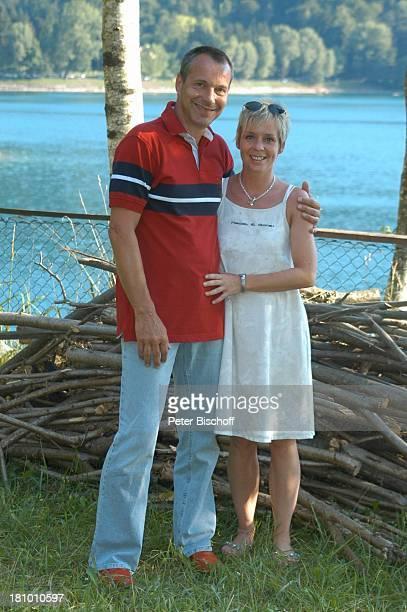 Daniela Lohmeyer, Christoph Schobesberger, Urlaub, Lago di Ledro/Italien, , Nähe Gardasee, Schauspieler, Schauspielerin, Familie, Frau, Ehefrau,...