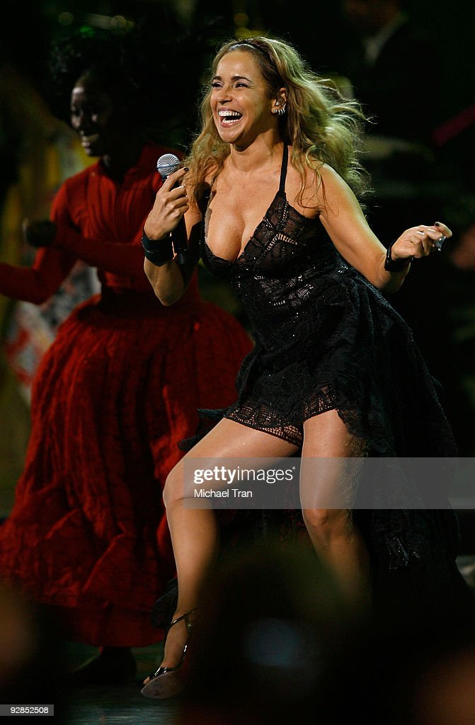 Daniela Mercury performs onstage at the 10th Annual Latin Grammy Awards held at Mandalay Bay on November 5, 2009 in Las Vegas, Nevada.