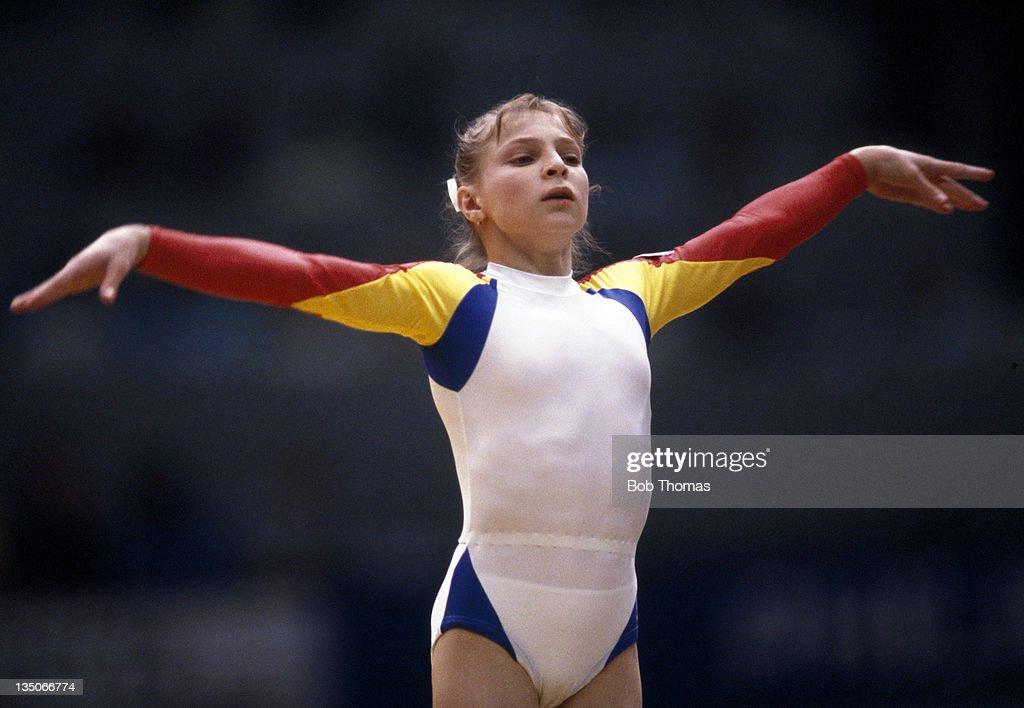 Daniela Silivas - World Gymnastics Championships : News Photo