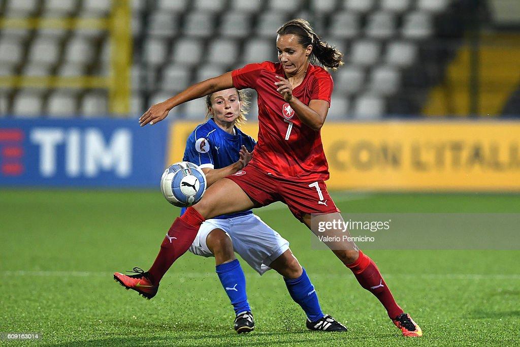Italy v Czech Republic - UEFA Women's Euro 2017 Qualifier : News Photo