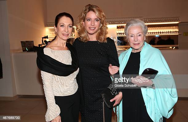 Daniela Ziegler Cosima von Borsody and her mother Alwy Becker during the premiere of the musical Elisabeth at Deutsches Theatre on March 26 2015 in...