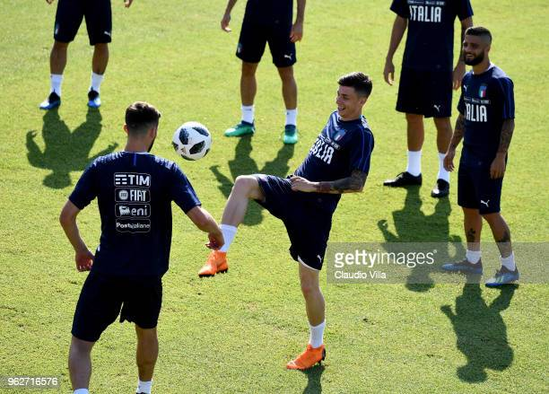 Daniele Baselli of Italy in action during a Italy training session at Centro Tecnico Federale di Coverciano on May 26 2018 in Florence Italy