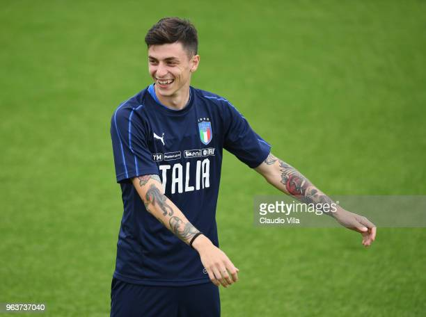 Daniele Baselli of Italy reacts during a training session at Centro Tecnico Federale di Coverciano on May 30 2018 in Florence Italy