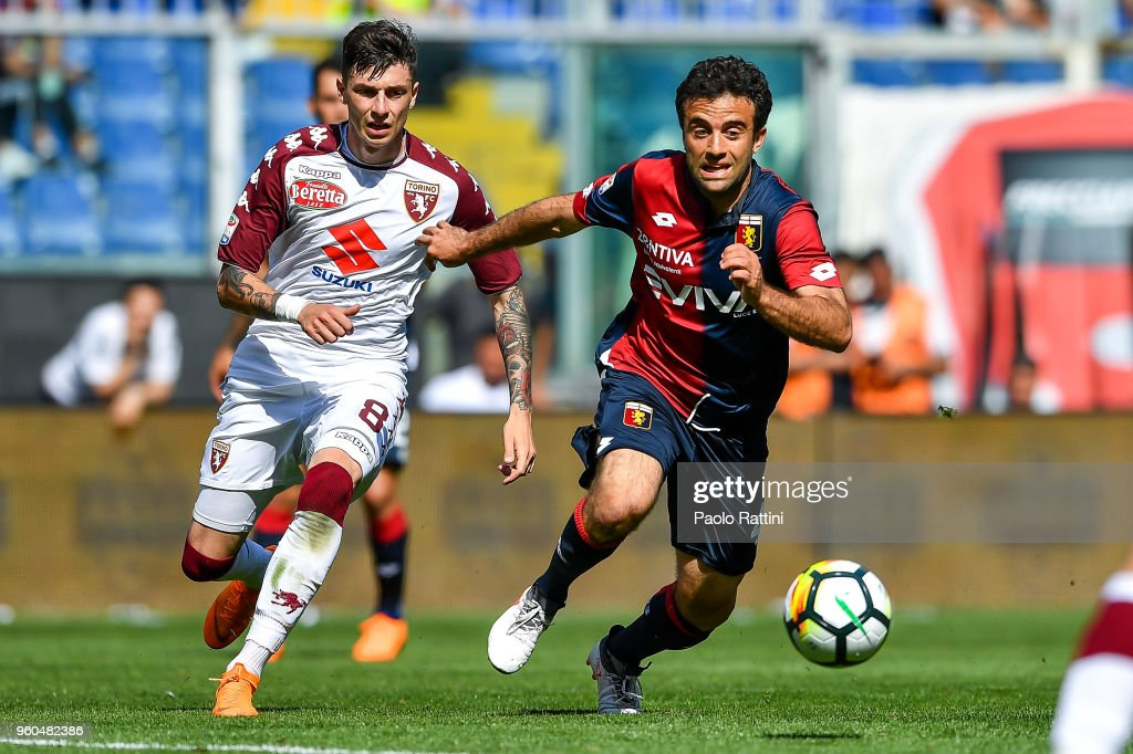 Daniele Baselli of Torino and Giuseppe Rossi of Genoa vie for the ball during the serie A match between Genoa CFC and Torino FC at Stadio Luigi Ferraris on May 20, 2018 in Genoa, Italy.