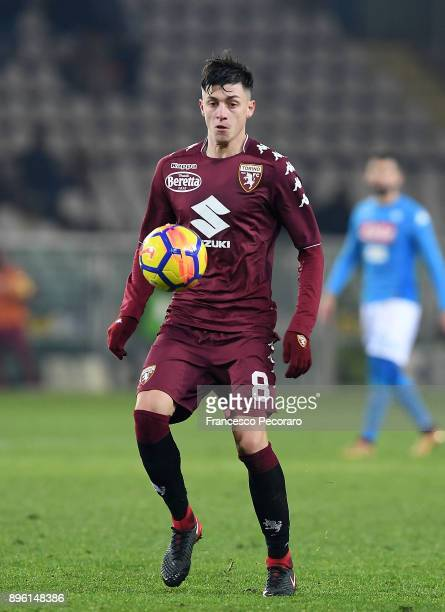 Daniele Baselli of Torino FC in action during the Serie A match between Torino FC and SSC Napoli at Stadio Olimpico di Torino on December 16 2017 in...