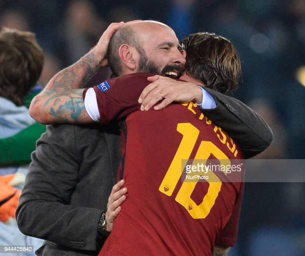Daniele De Rossi celebrates the victory with Monchi during the UEFA Champions League quarter final match between AS Roma and FC Barcelona at the...