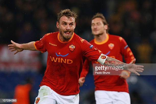 Daniele De Rossi of AS Roma celebrates after scoring the second goal during the UEFA Champions League Group E match between AS Roma and FC Bayern...