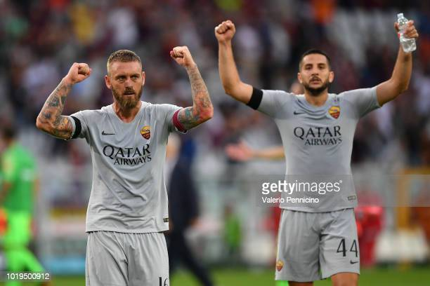Daniele De Rossi of AS Roma celebrates victory at the end of the Serie A match between Torino FC and AS Roma at Stadio Olimpico di Torino on August...