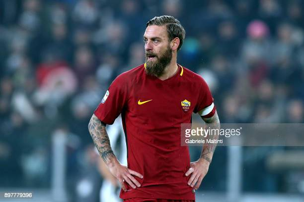 Daniele DE Rossi of AS Roma during the serie A match between Juventus and AS Roma on December 23 2017 in Turin Italy