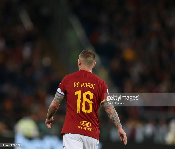 Daniele De Rossi of AS Roma from shoulders during his last match of the Serie A between AS Roma and Parma Calcio at Stadio Olimpico on May 26 2019 in...