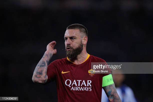 Daniele De Rossi of AS Roma gestures during the UEFA Champions League Round of 16 First Leg match between AS Roma and FC Porto at Stadio Olimpico on...