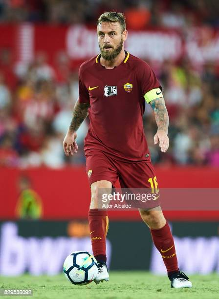 Daniele De Rossi of AS Roma in action during a Pre Season Friendly match between Sevilla FC and AS Roma at Estadio Ramon Sanchez Pizjuan on August 10...