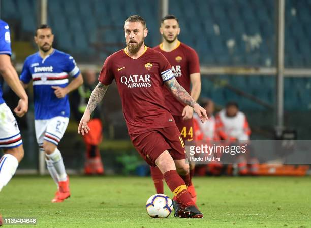 Daniele De Rossi of AS Roma in action during the Serie A match between UC Sampdoria and AS Roma at Stadio Luigi Ferraris on April 6 2019 in Genoa...