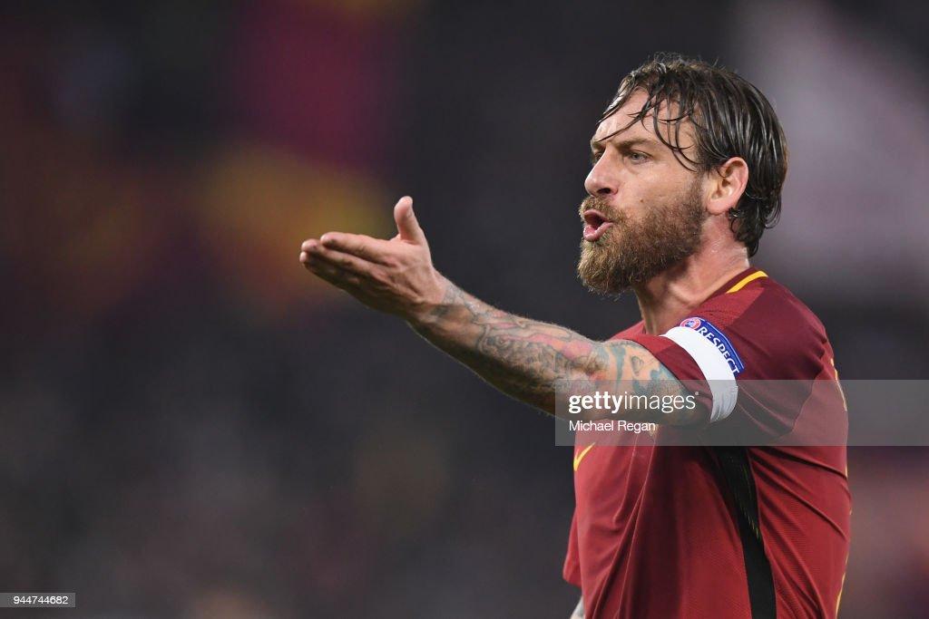 AS Roma v FC Barcelona - UEFA Champions League Quarter Final Second Leg : News Photo