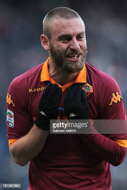 Daniele De Rossi of AS Roma reacts during the Serie A match between UC Sampdoria and AS Roma at Stadio Luigi Ferraris on February 10 2013 in Genoa...