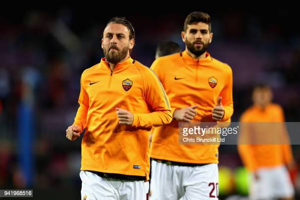 Daniele De Rossi of AS Roma warms up before the UEFA Champions League Quarter Final first leg match between FC Barcelona and AS Roma at Camp Nou on...