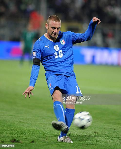 Daniele De Rossi of Italy in action during the FIFA 2010 World Cup European Qualifying match between Italy and Cyprus at StadioEnnio Tardini on...