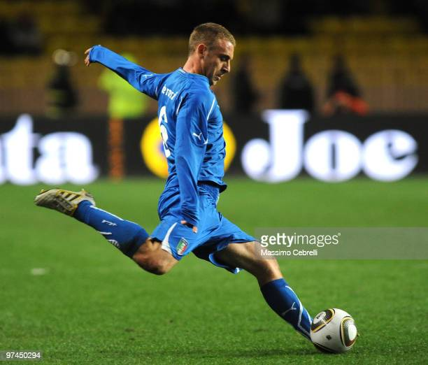 Daniele De Rossi of Italy in action during the International Friendly match between Italy and Cameroon at Louis II Stadium on March 3 2010 in Monaco...