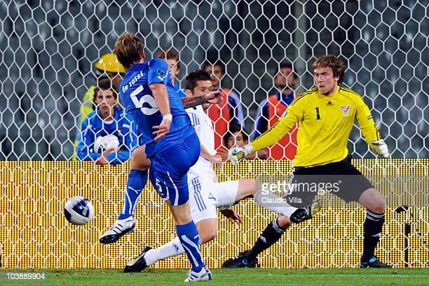 Daniele De Rossi of Italy scores his team's second goal during the Euro 2012 qualifying match between Italy anf Faroe Islands on September 7 2010 in...