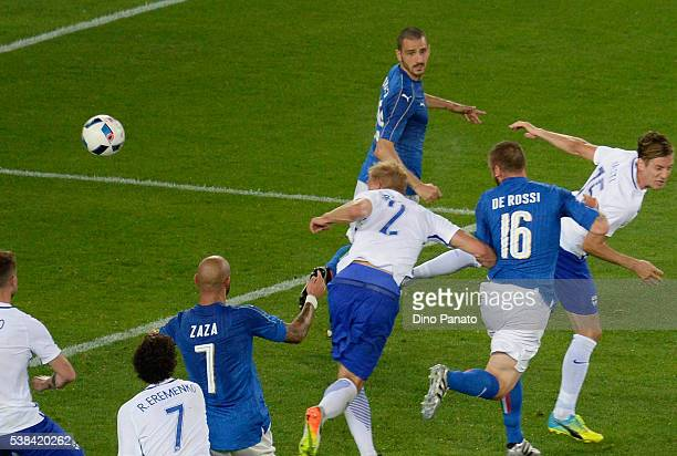 Daniele De Rossi of Italy scoring his team's second goal during the international friendly match between Italy and Finland on June 6 2016 in Verona...