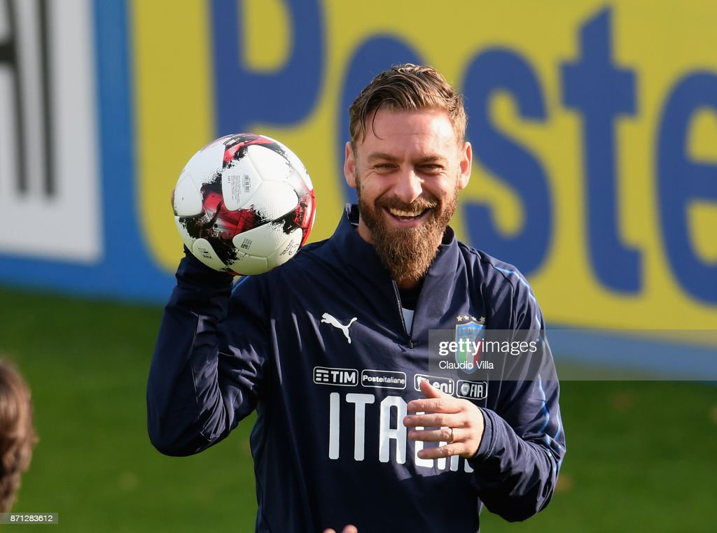 Daniele De Rossi of Italy smiles during a training session at Italy club's training ground at Coverciano on November 7, 2017 in Florence, Italy.
