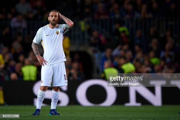 Daniele De Rossi of Roma reacts during the UEFA Champions League Quarter Final first leg match between FC Barcelona and AS Roma at Camp Nou on April...