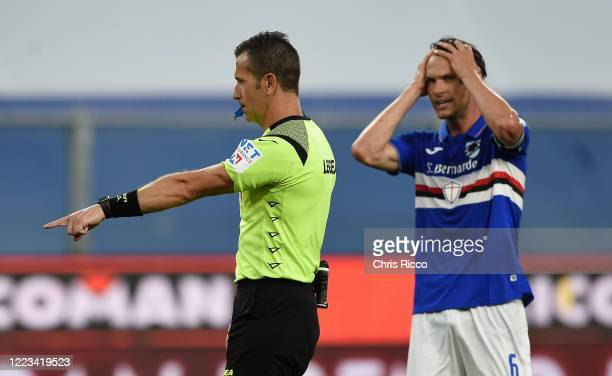 Daniele Doveri Match Referee awards a penalty to Bologna during the Serie A match between UC Sampdoria and Bologna FC at Stadio Luigi Ferraris on...