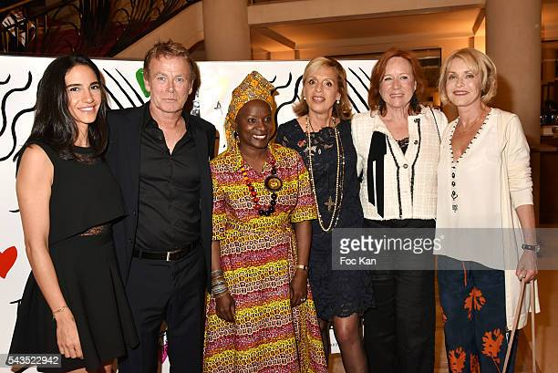 Daniele Dubosc Franck Dubosc Angelique Kidjo Genevieve Garrigos from Amnesty Eva Darlan and Fanny Cottencon attend 22th Amnesty International France...
