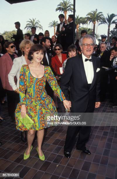 Daniele Evenou avec son compagnon Georges Fillioud au 45eme Festival de Cannes le 15 mai 1992 a Cannes, France.