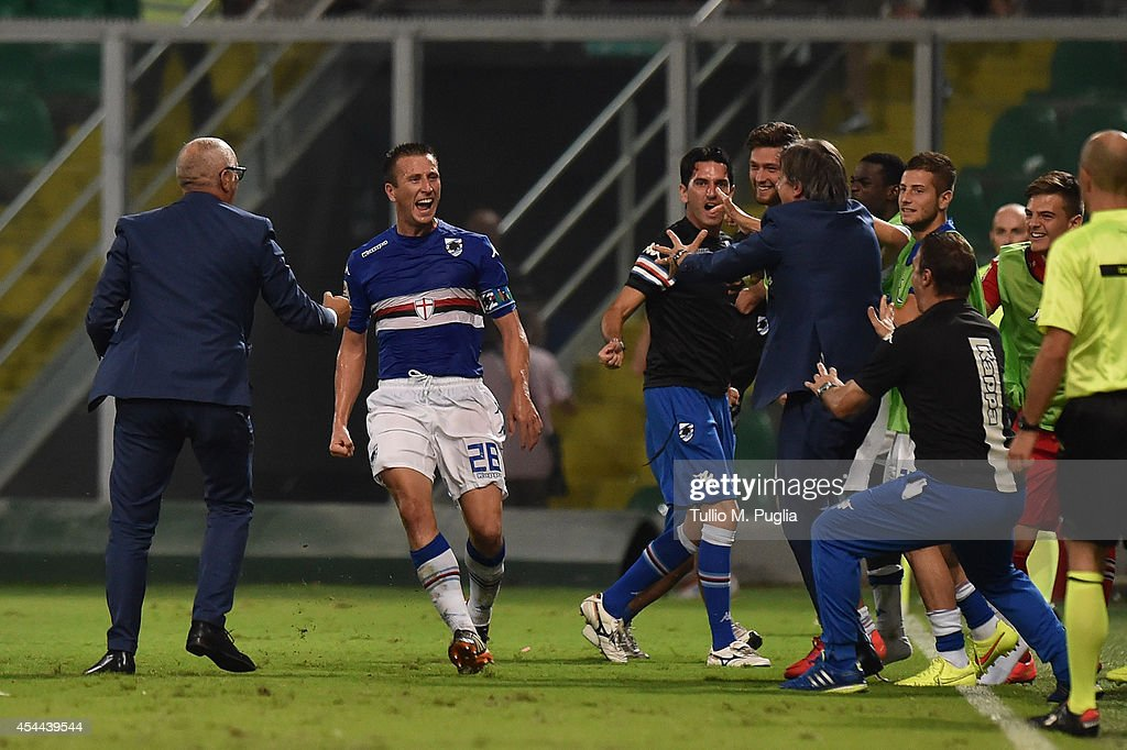 Daniele Gastakdelo (C) of Sampdoria celebrates after scoring the equalizing goal during the Serie A match between US Citta di Palermo and UC Sampdoria at Stadio Renzo Barbera on August 31, 2014 in Palermo, Italy.