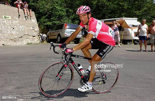 Daniele Nardello during stage 14 of the 2005 Tour de France between Agde and Ax-3 domaines.