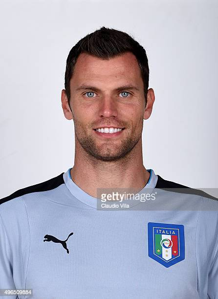 Daniele Padelli of Italy poses during the official portrait session at Coverciano on November 10 2015 in Florence Italy