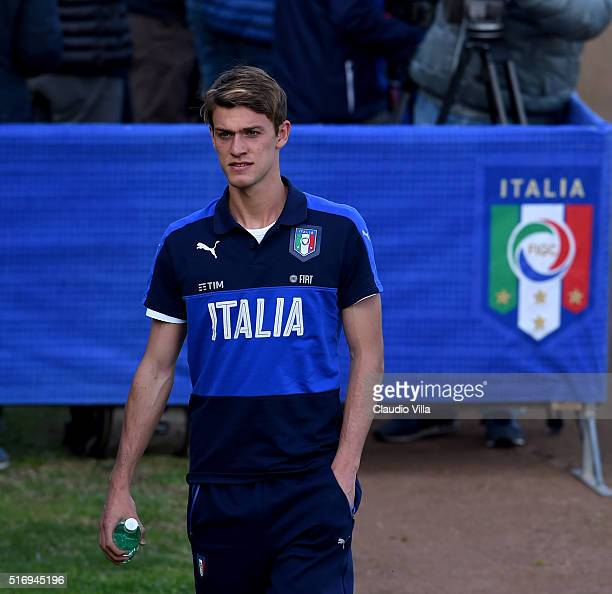 Daniele Rugani of Italy looks on prior to the Italy training session at the club's training ground at Coverciano on March 22 2016 in Florence Italy