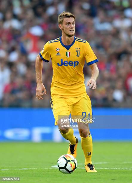 Daniele Rugani of Juventus FC in action during the Serie A match between Genoa CFC and Juventus at Stadio Luigi Ferraris on August 26 2017 in Genoa...