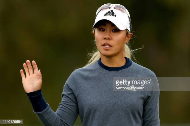 Danielle Kang acknowledges the crowd after birdying the first hole during round 1 of the ANA Inspiration on the Dinah Shore course at Mission Hills...