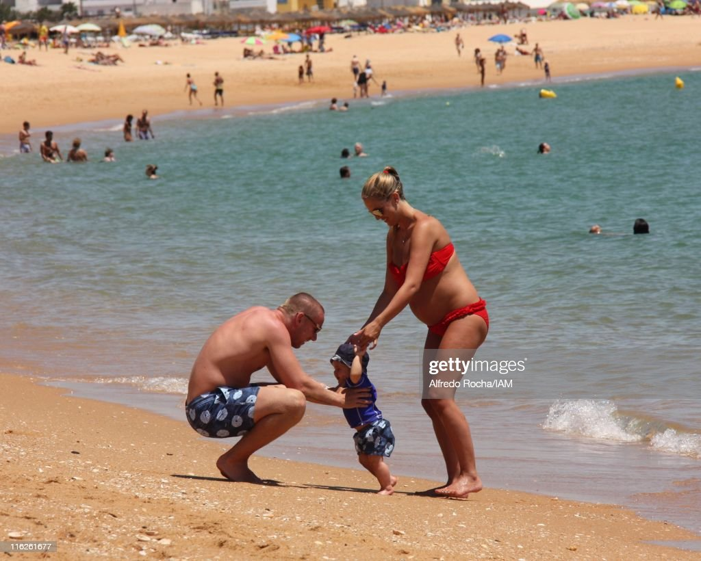 Danielle Lloyd and Jamie O'Hara Holiday in Portugal : News Photo