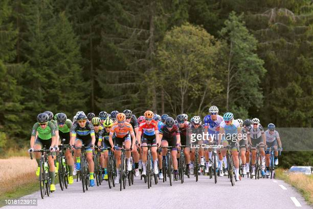 Danielle Rowe of The Great Britain and Team WaowDeals Pro Cycling / Marianne Vos of The Netherlands and Team WaowDeals Pro Cycling / Megan Guarnier...